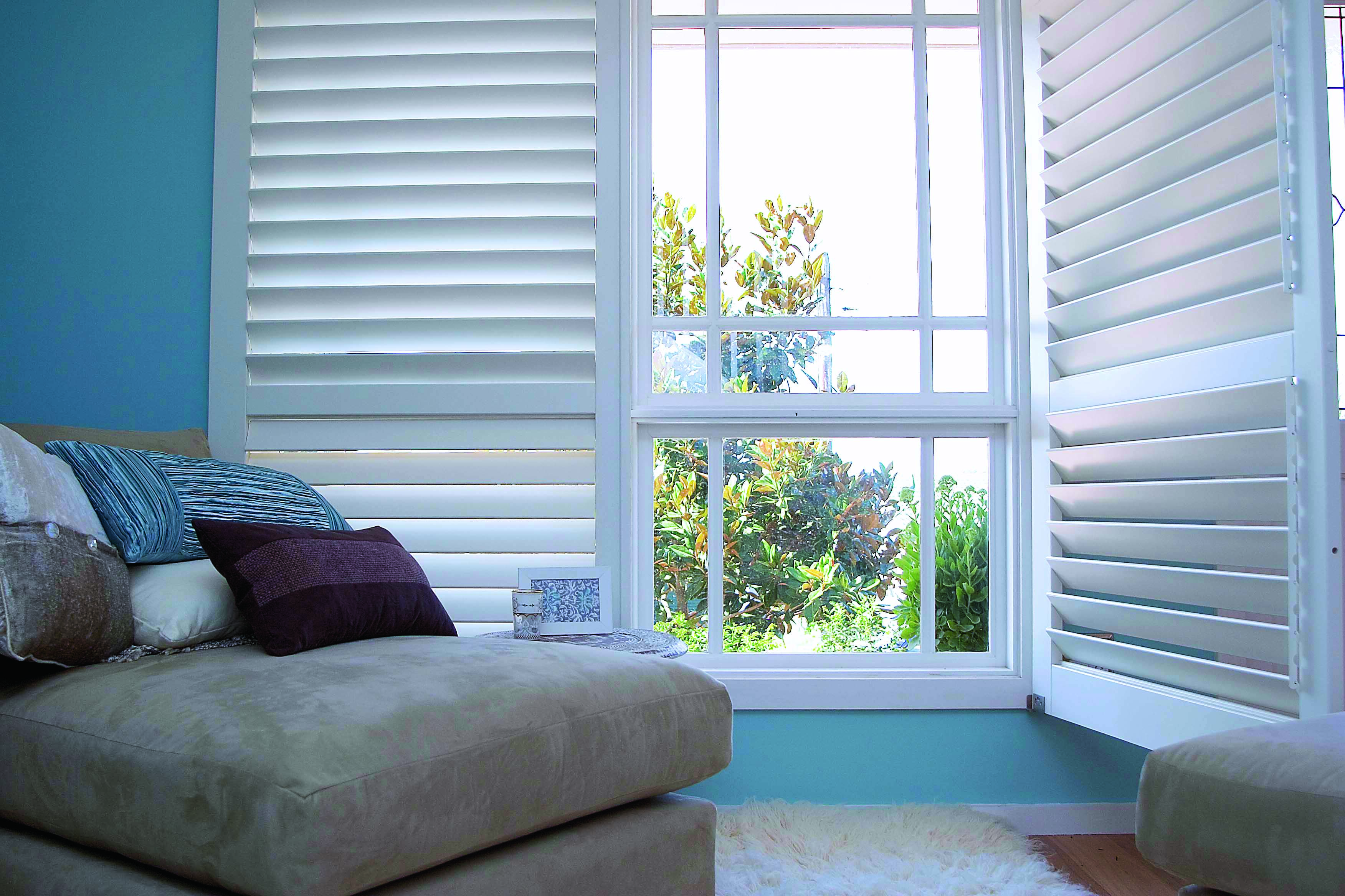 Gallery Photo Bay Window Shutters