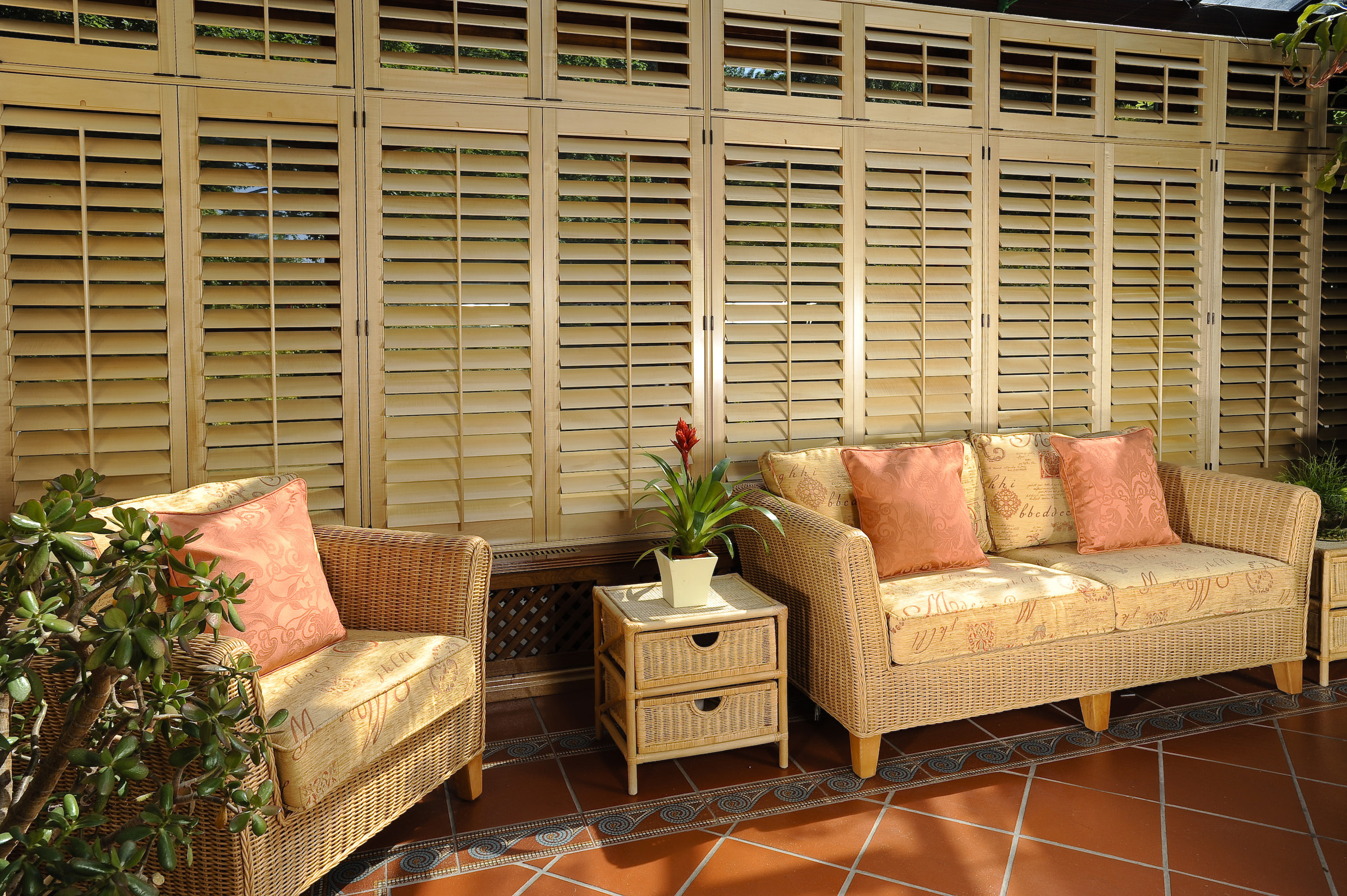 Gallery Photo Full Height Shutters