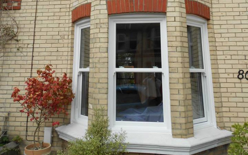 we offer replaccement casement and sash windows